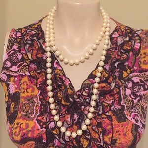 🛍PEARL NECKLACE AS SHOWN🛍WORN ONCE🛍